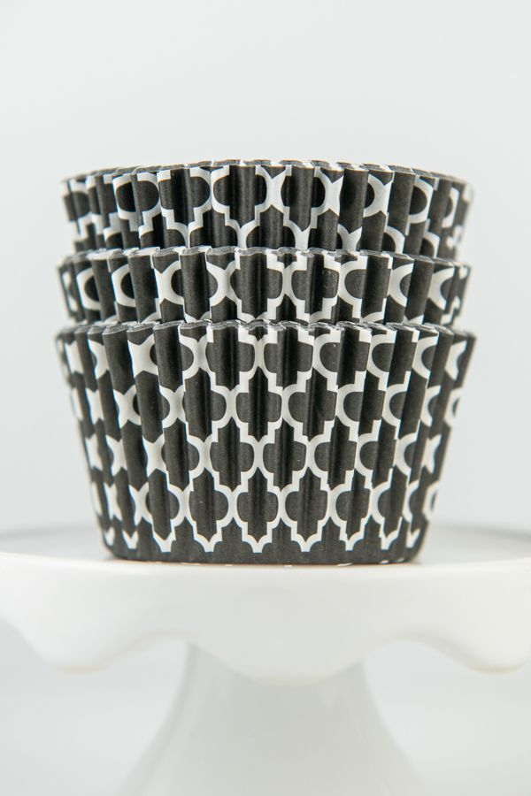 Quatrefoil Black Cupcake Liners - Black Baking Cups - Quatrefoil Cupcake Cups