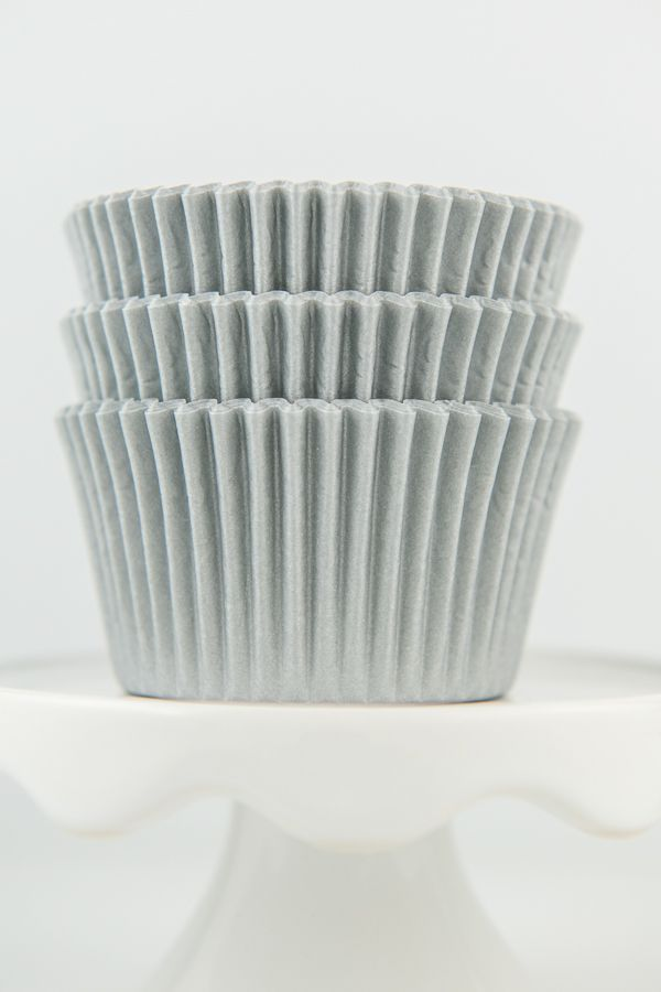 Silver Cupcake Liners - Solid Silver Baking Cups - Bulk Silver Cupcake Cups
