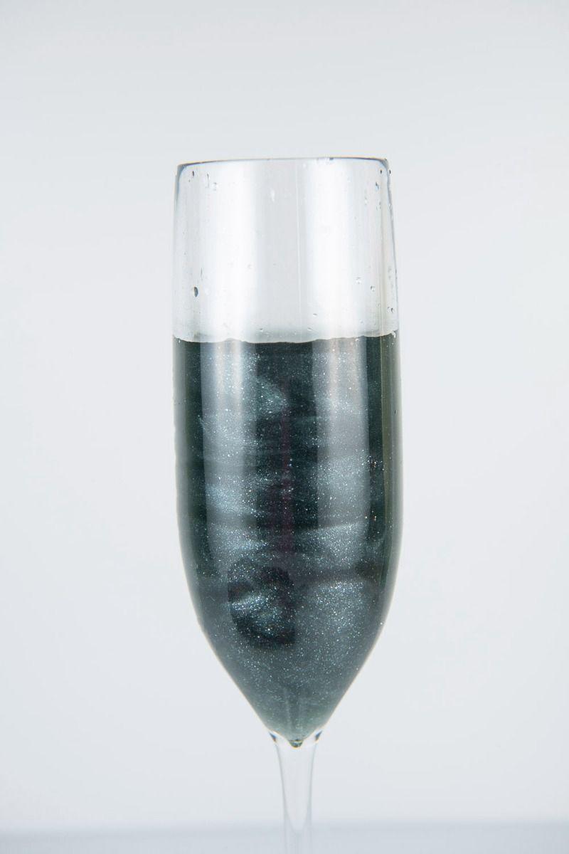 Black Edible Glitter | Graphite Luxe Edible Glitter for Drinks & Cakes